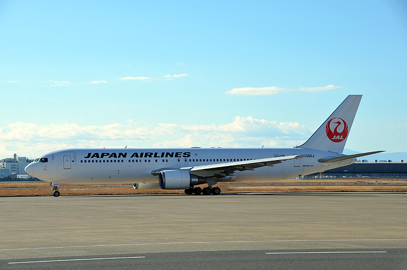 JAL国内線では、ほとんどの便で機内Wi-Fiサービスが無料で楽しめる