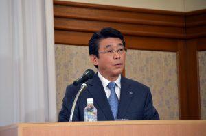 ピーチの子会社化について語るANAホールディングス片野坂真哉代表取締役社長