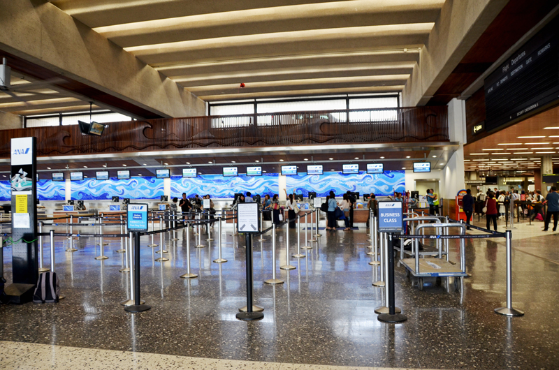 ホノルル空港のANAチェックインカウンター