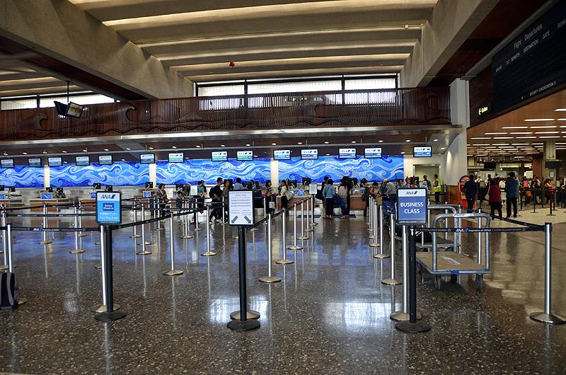 ホノルル空港ANAチェックインカウンター