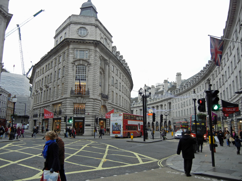 ロンドン中心部のピカデリーサーカス