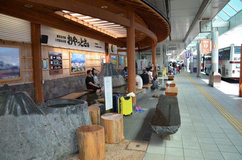 鹿児島空港内にある足湯