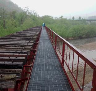 旧国鉄白糠線のトンネル・鉄橋・駅跡を巡ることができる貴重なツアー