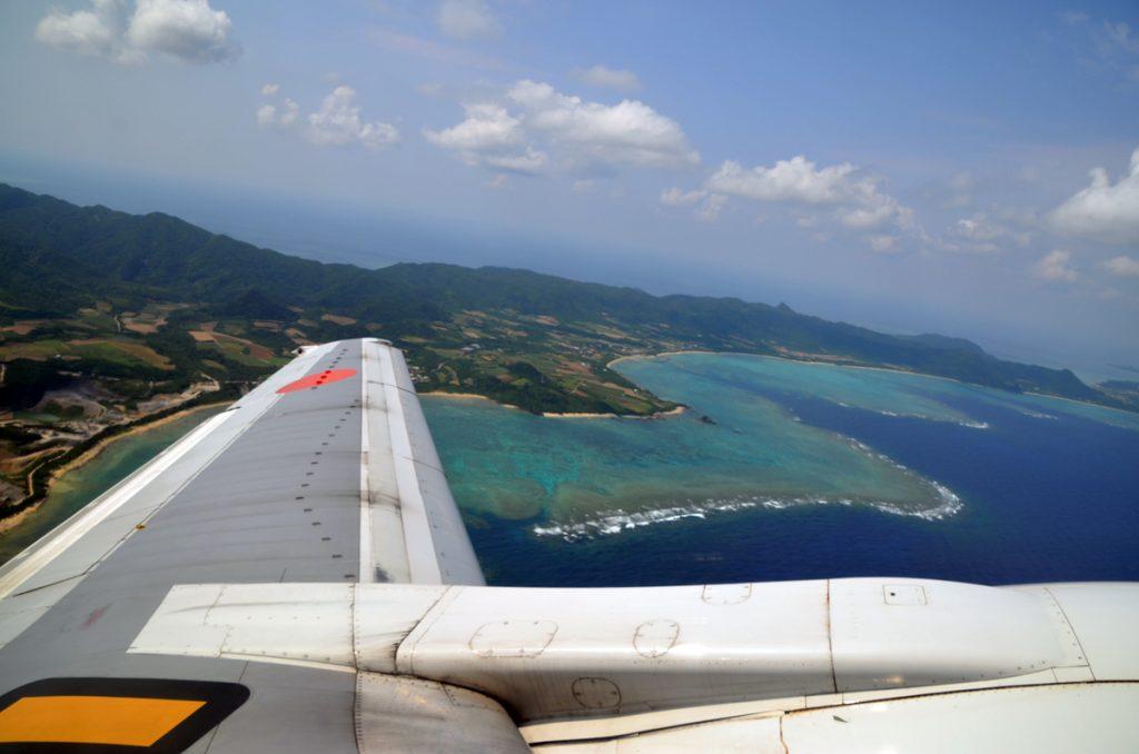 離陸後には石垣島の北部を機体の窓から堪能できた