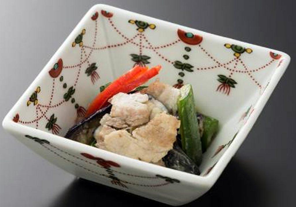 金星佐賀豚と茄子胡瓜の葱塩浸し(写真提供:ANA)