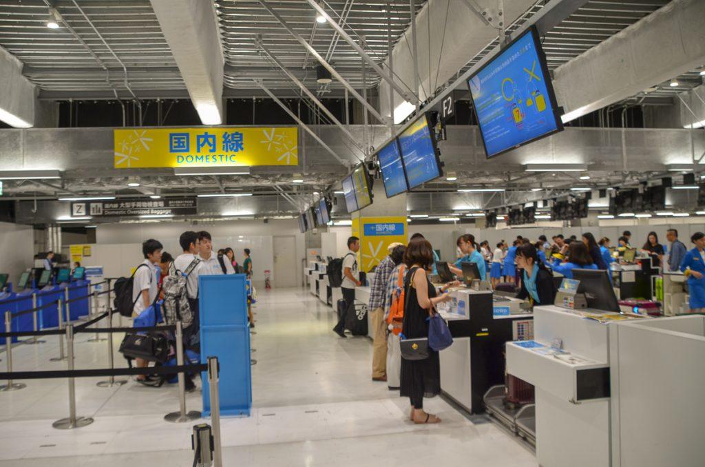 成田空港第3ターミナルのバニラエアチェックインカウンター