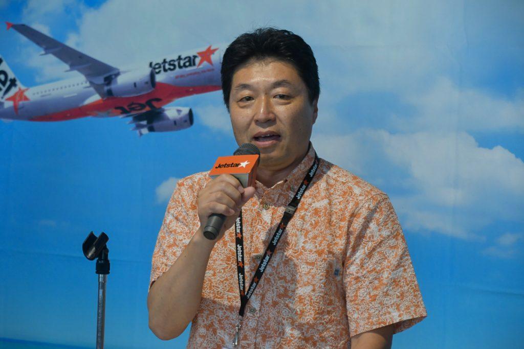 就航セレモニーで挨拶するジェットスター・ジャパンの片岡優代表取締役