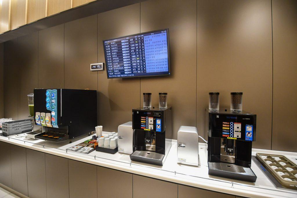 コーヒーマシンも用意されている